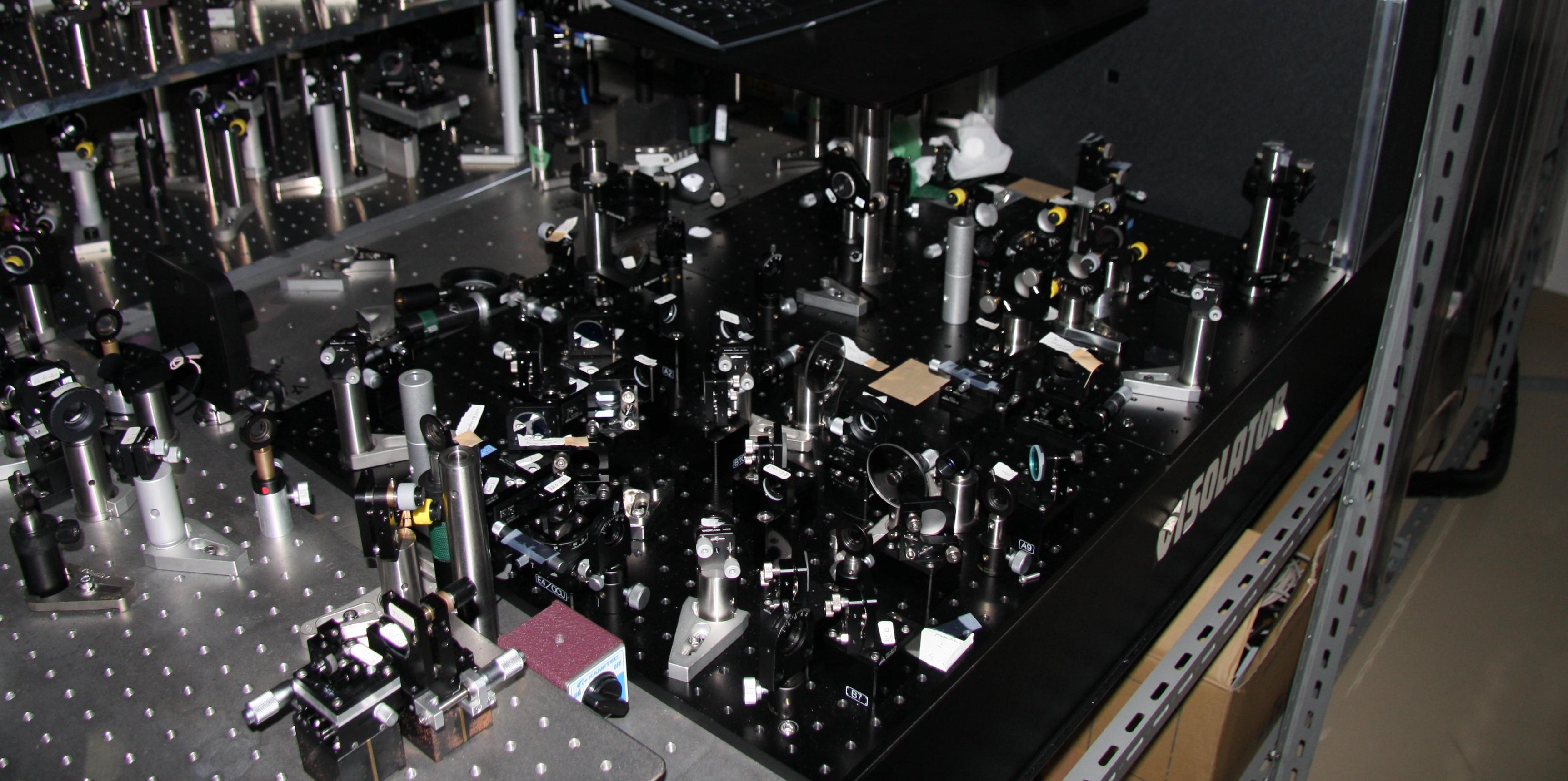 Sub 10 femtosecond non-coaxial optical parametric amplifier